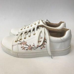 d9a33dc9894d28 Nanette Lepore Shoes - Nanette Lepore Winona Blossom Lace Up Sneaker